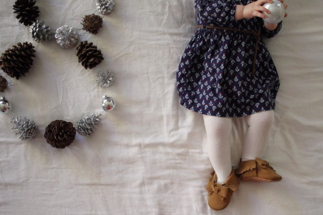 Lovecarters, 8 month old baby girl, monthly baby picture, baby gap
