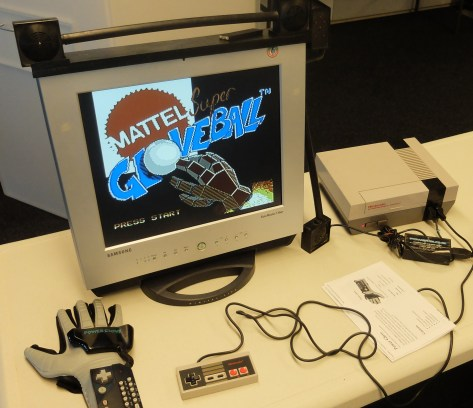 Power Glove with Power Ball Running on NES