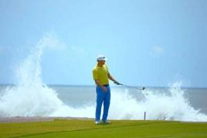 Estrella del Mar Golfer with ocean waves crashing