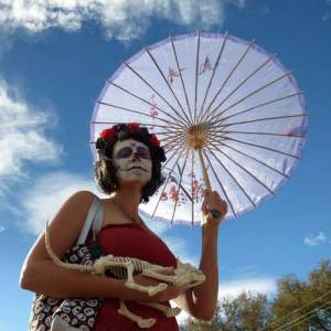 Spectator at the Day of the Dead parade in Albuquerque