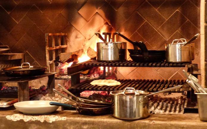 Los Poblanos kitchen