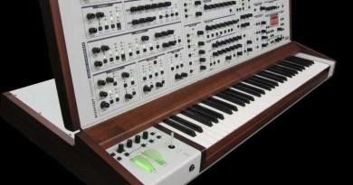 Schmidt Synthesizer prezzo intervista