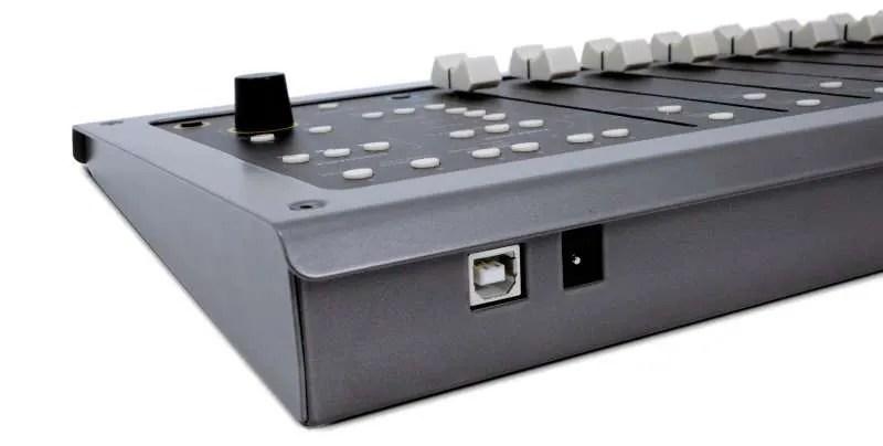 Softube Console-1-Fader-connessioni