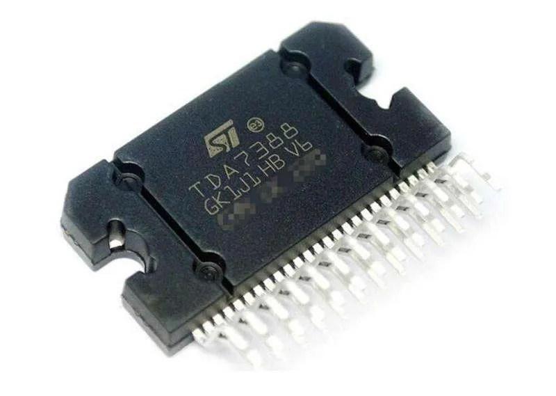 Il chip integrato di potenza TDA7388