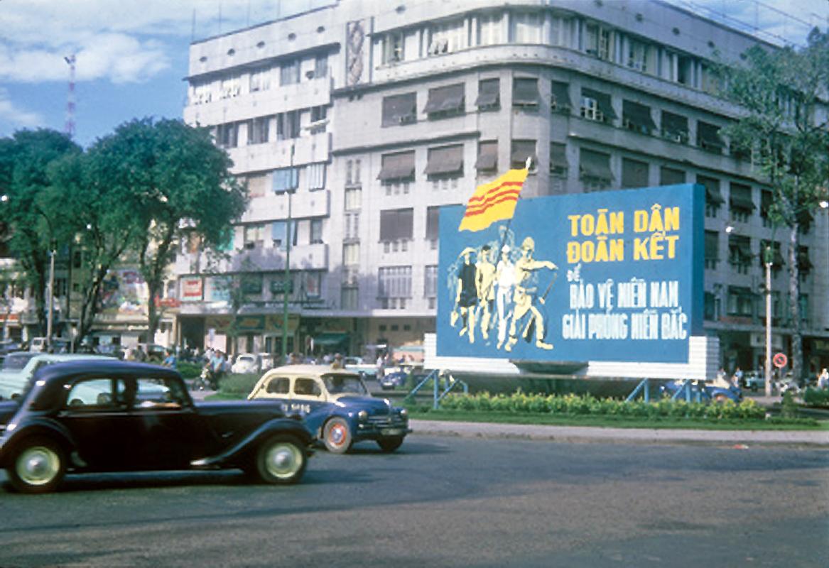Saigon 1965 - New Naratif
