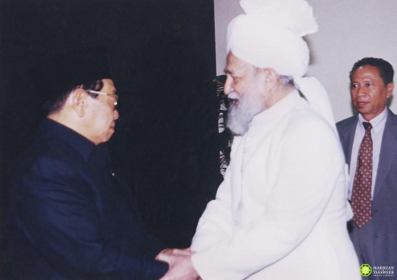 President Abdurrahman Wahid meeting KM4 28 June 2000 - New Naratif