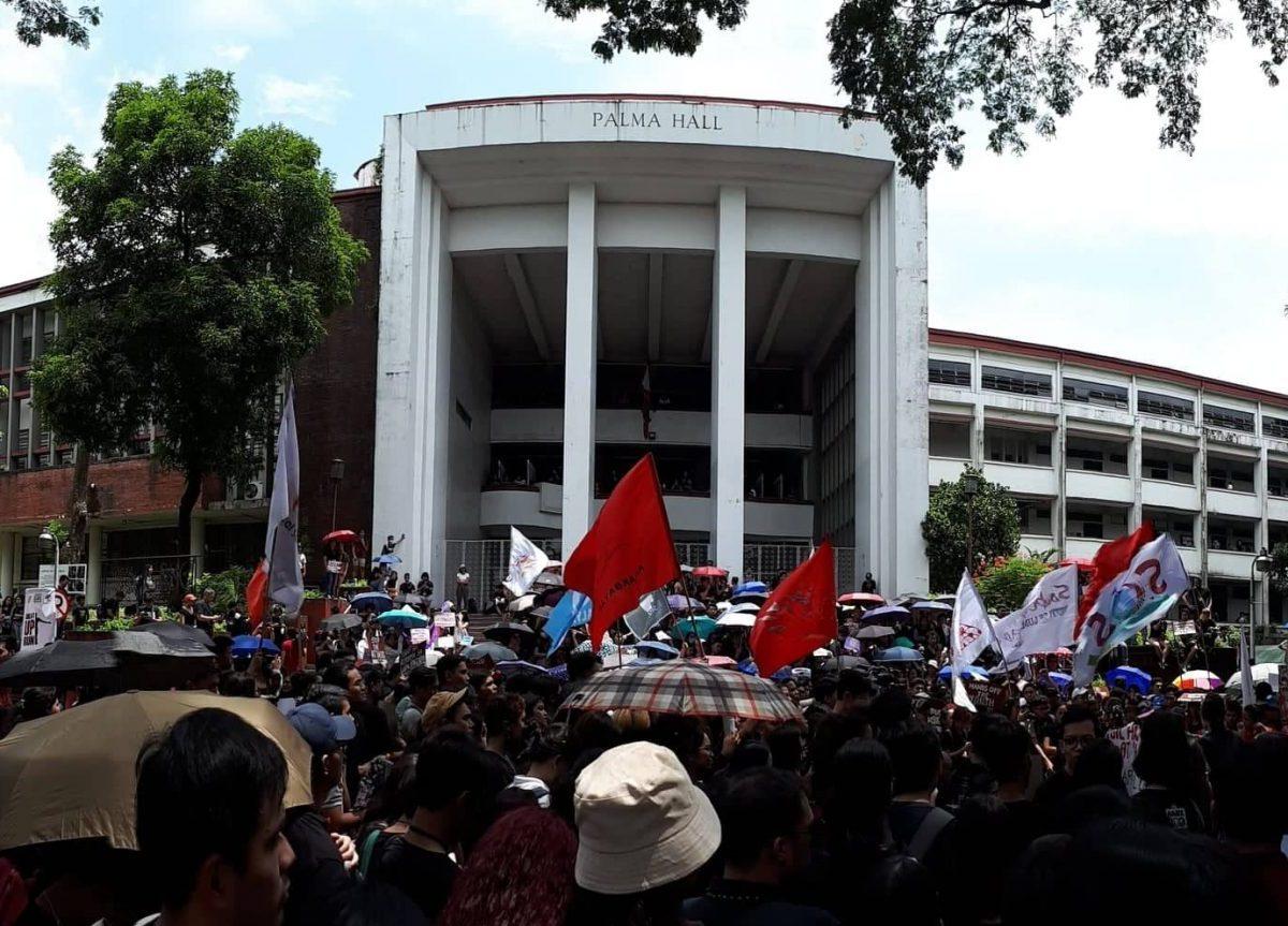 Students protest against President Duterte in September 2019