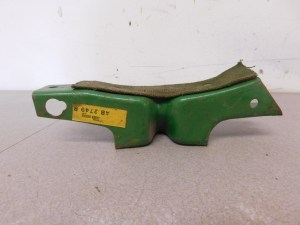 JD STYLED B NOS FUEL TANK SUPPORT 10885