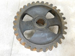 JD 720 730 DIESEL GOVERNOR DRIVE GEAR 11776