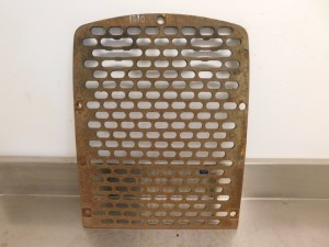 JD 1010 CRAWLER FRONT GRILLE 13069