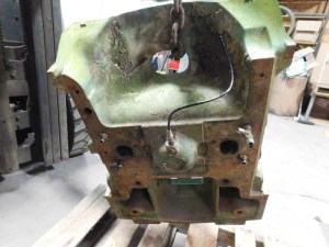 JD 4630 FRONT SUPPORT 00308