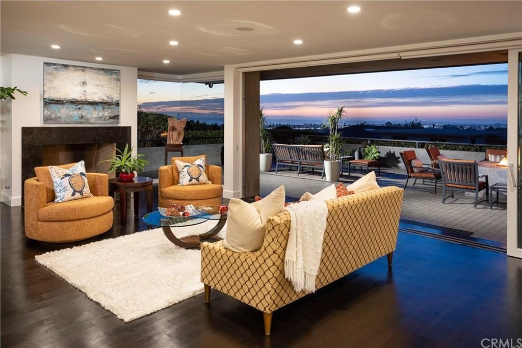 Home for Sale - open concept - 1020 White Sails Way, Corona Del Mar, CA, 92625
