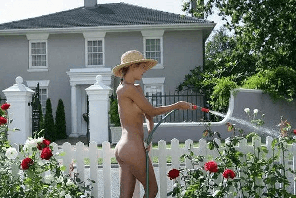 naked gardening