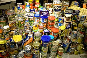 canned food drive newport ri