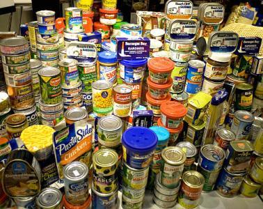 canned food drive newport ri
