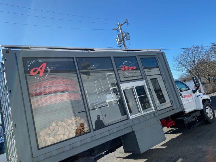A Mano Food Truck Newport RI