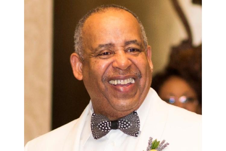 Earl Hollins Newport RI Obit