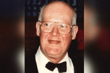 Mort Sullivan obit Newport RI