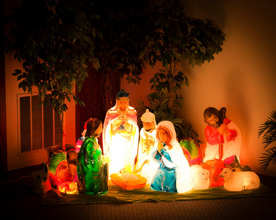 light up creche