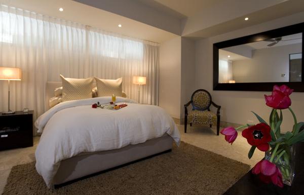 kitchen and bathroom window curtains black slate floor tiles rivers-modern-guest-bedroom-design-600
