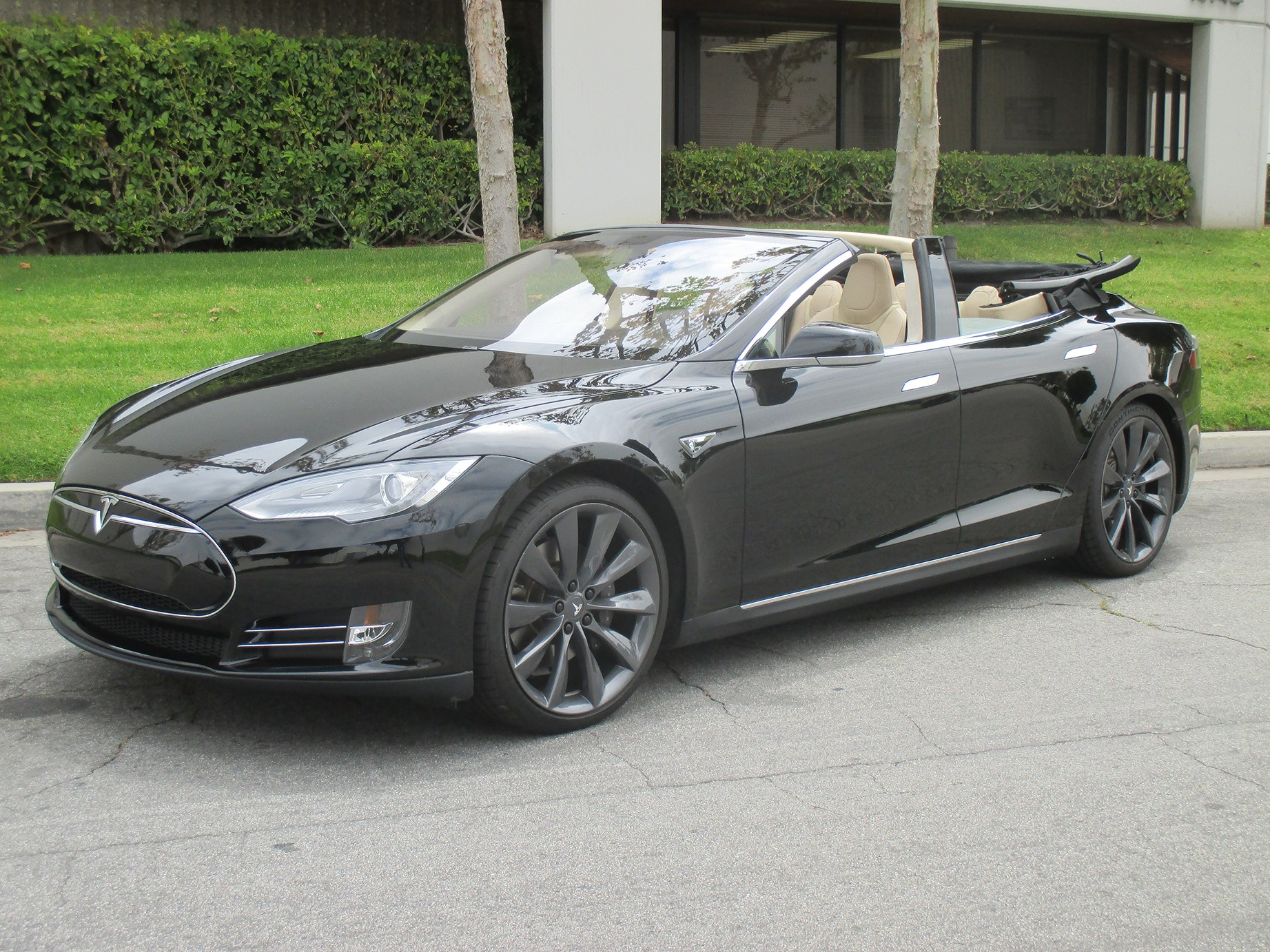 tesla model s convertible. Black Bedroom Furniture Sets. Home Design Ideas