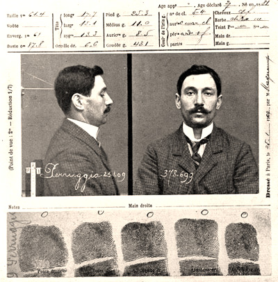 The police record of Vincenzo Peruggia who attempted to steal Leonardo de Vinci's painting 'The Mona Lisa' in 1911, 25th January 1909. (Photo by Roger Viollet/Getty Images)
