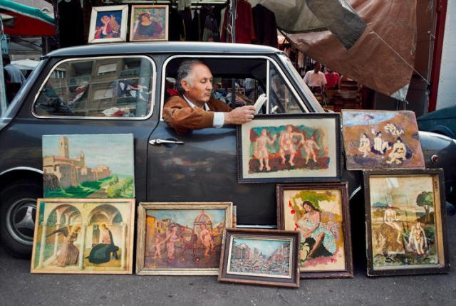 3064267-slide-2-from-nepal-to-cuba-steve-mccurry-documents-the-worlds-reader