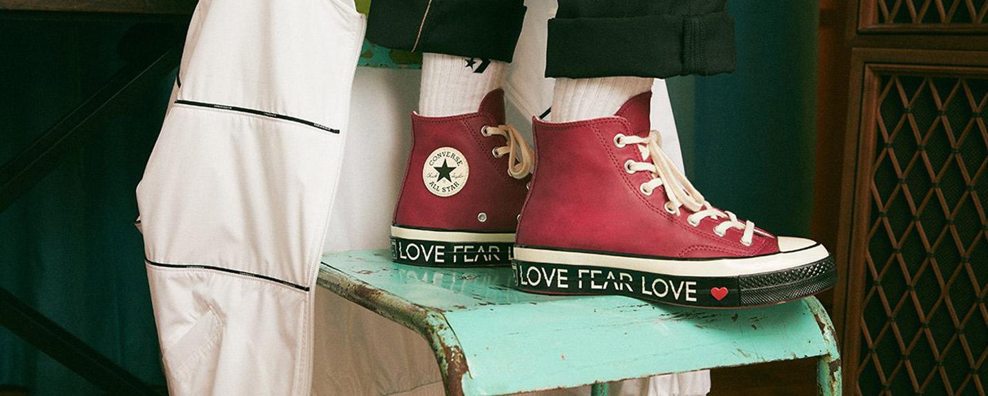 """Redefinindo o universo feminino em """"Love the Converse"""""""