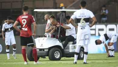 Photo of فيديو مشهد قاسي- إصابة مروعة لمدافع ريفر بليت في الدوري الأرجنتيني
