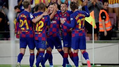 Photo of برشلونة يُبلغ نجمي الفريق بالموعد النهائي للتجديد