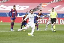 Photo of رونالدينيو يحاول السخرية من راموس وقائد ريال مدريد السابق يرد