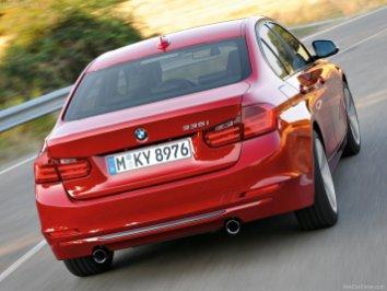 BMW-3-Series_2012_800x600_wallpaper_2f