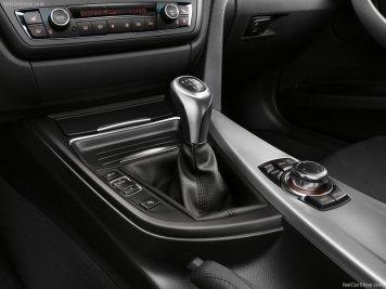 BMW-3-Series_2012_800x600_wallpaper_53