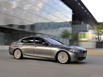 BMW-5-Series_2011_02