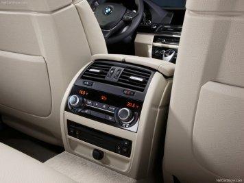 BMW-5-Series_2011_15
