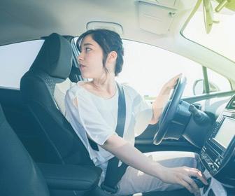 女性は男性よりクルマの駐車が苦手なのか