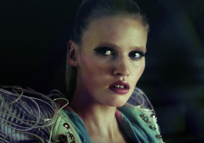 Screen shot 2012 05 21 at 9.40.13 AM 690x484 Lara Stone Rocks Some Intergalactic Hotness In Hot Chips Quirky New Music Video