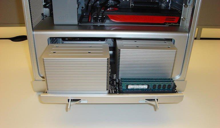 Mac Pro Server 2010 года