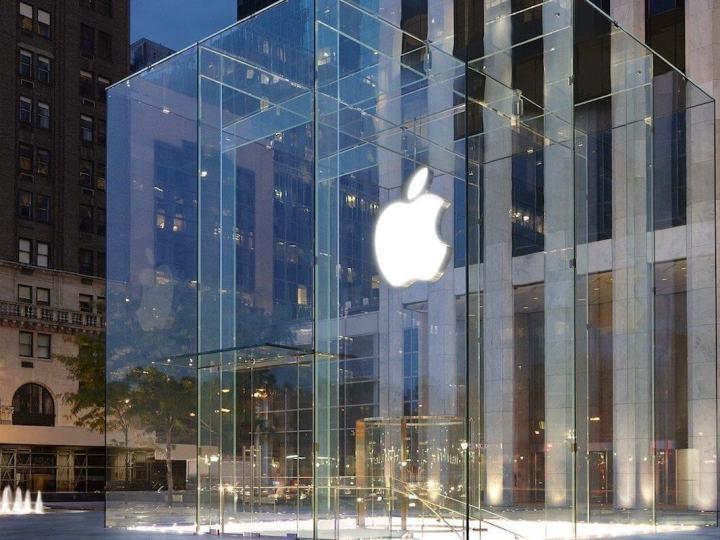 Сотрудники Нью-Йоркского Apple Store пожаловались на нашествие паразитов
