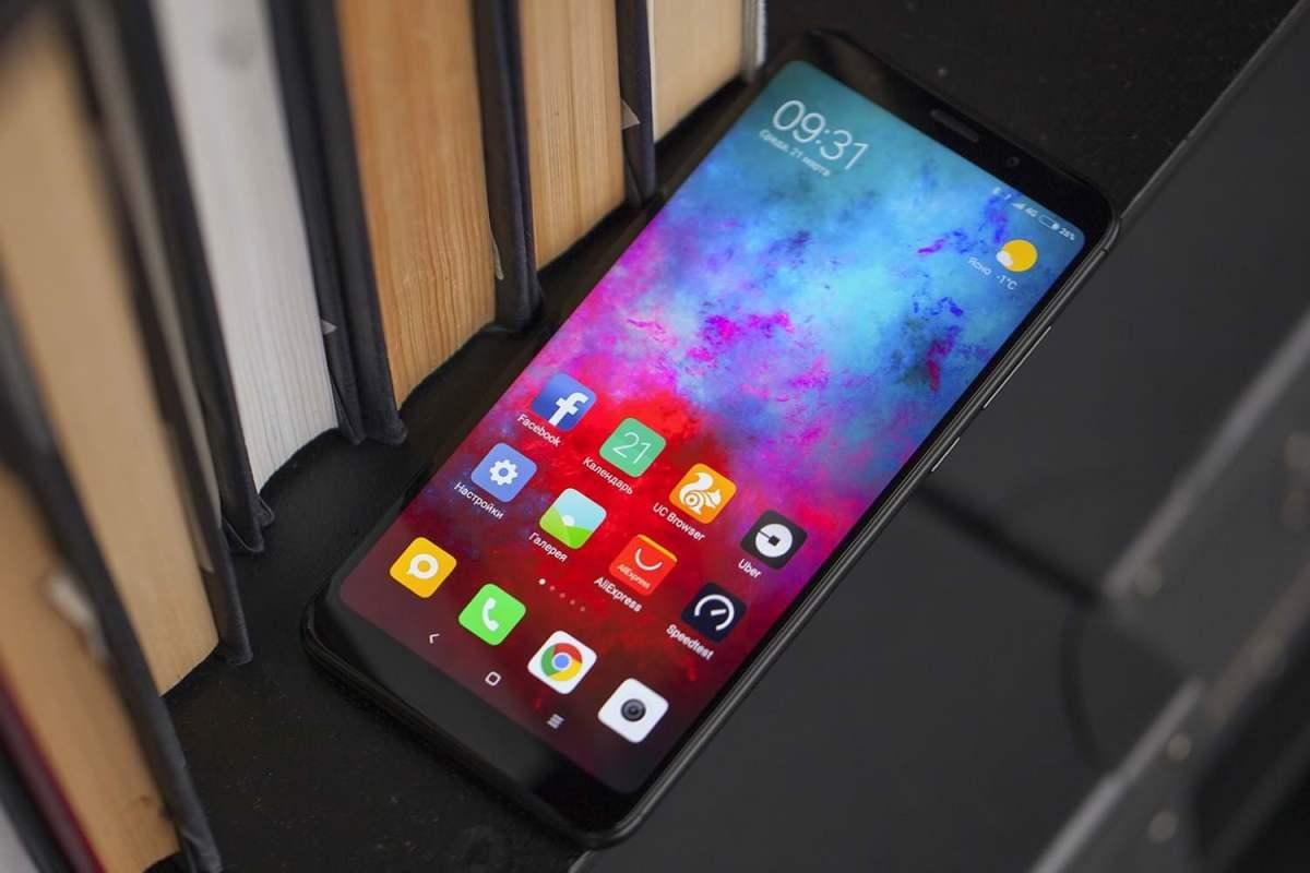 MIUI 11 рядом: список смартфонов Xiaomi, которые получат новую прошивку