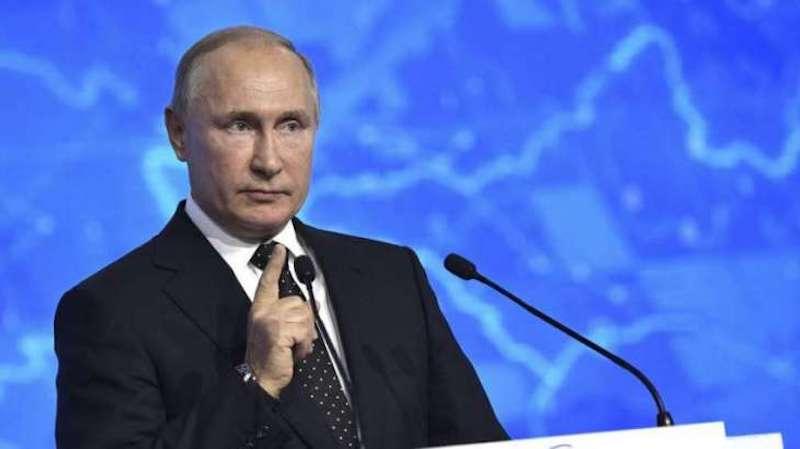 Путин не хочет передавать операторам частоты для запуска 5G в России