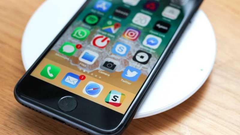 iPhone SE 2 поступает в продажу: технические характеристики и цена