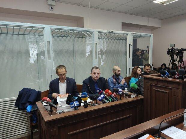 Не мое: нардеп Дубневич переоформил все на сына, прокуроры бессильны