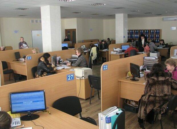 Безработным украинцам будут выплачивать немалые суммы: куда обращаться и какие условия