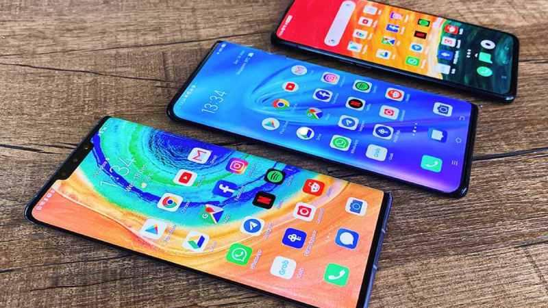 В России рухнули цены на новые смартфоны Apple, Xiaomi, Samsung и Huawei