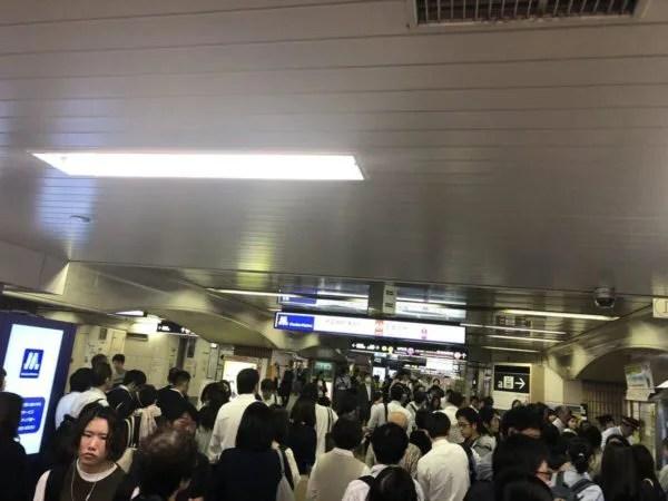 御堂筋線 昭和町駅で人身事故で
