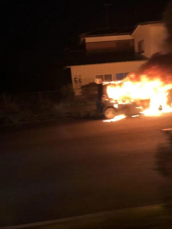 日本製紙 岩沼工場付近で車両火事