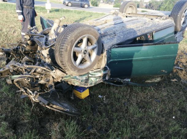 Cпасатели ликвидировали последствия ДТП с перевернувшимися машинами