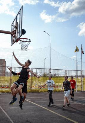 В Невинномысске прошли соревнования по стритболу