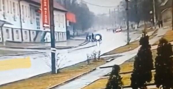 Жестоко избивших пожилого водителя мужчин поймали полицейские в Беслане